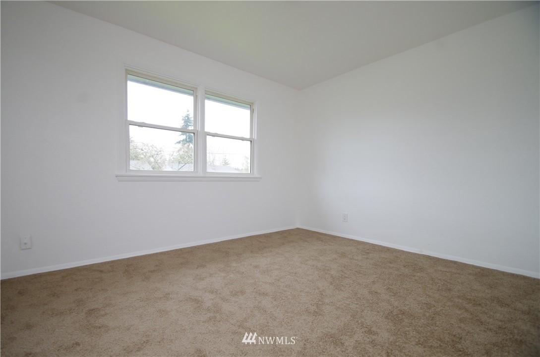 Sold Property | 9261 31st Avenue SW Seattle, WA 98126 2
