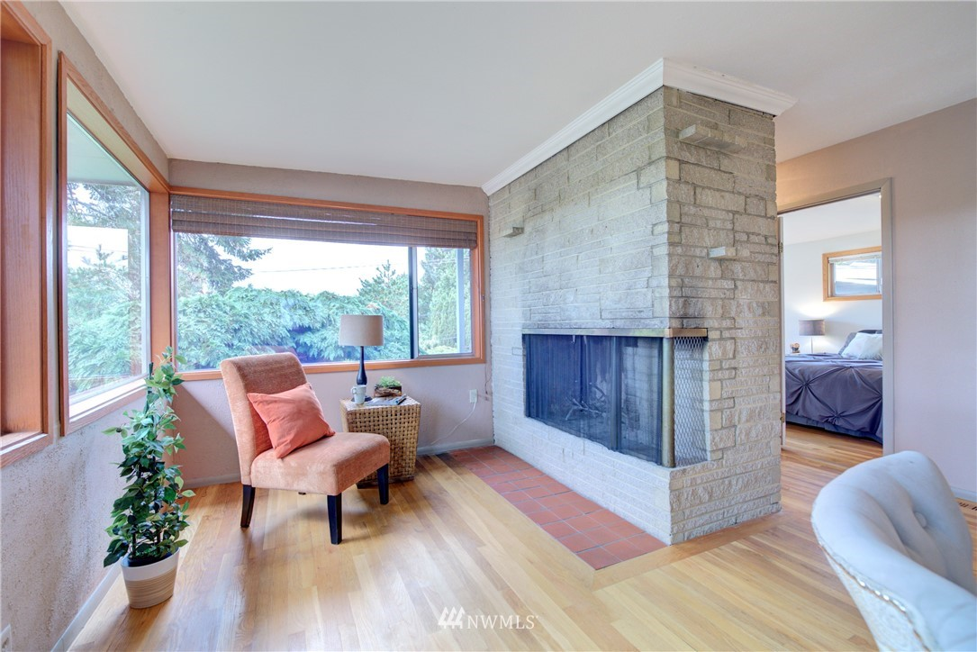 Sold Property | 4010 Greenwood Avenue N Seattle, WA 98103 4