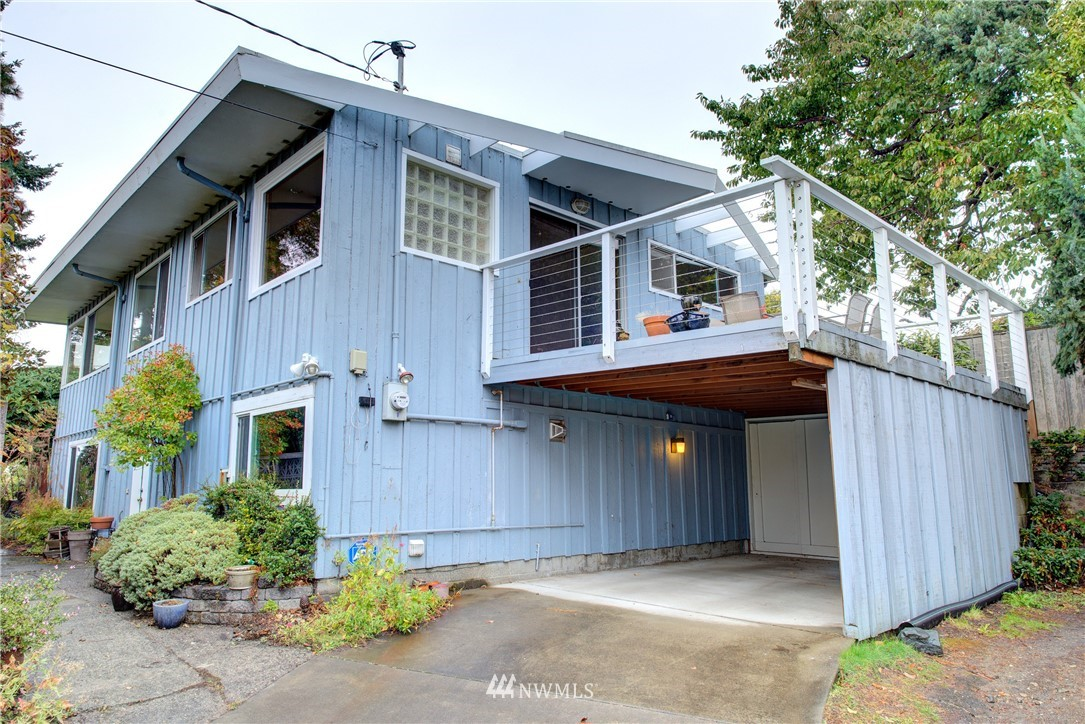 Sold Property | 4010 Greenwood Avenue N Seattle, WA 98103 22