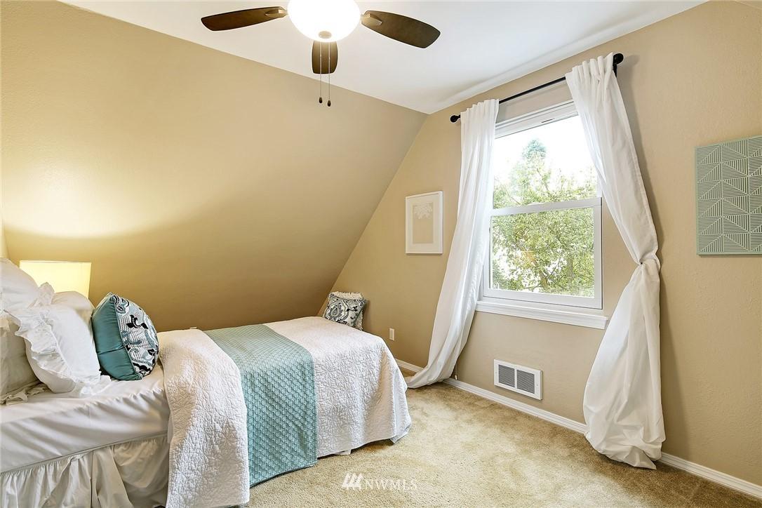 Sold Property | 8035 Bagley Avenue N Seattle, WA 98103 18