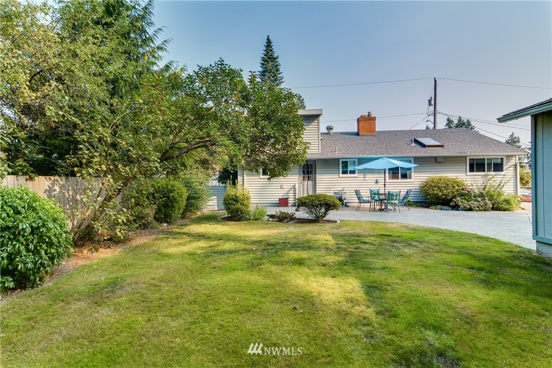Sold Property | 1319 N 171st Street Shoreline, WA 98133 2