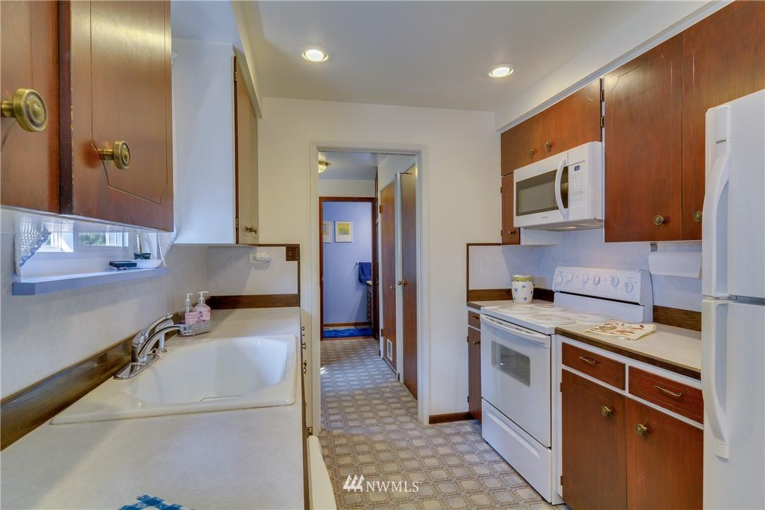 Sold Property | 1319 N 171st Street Shoreline, WA 98133 10