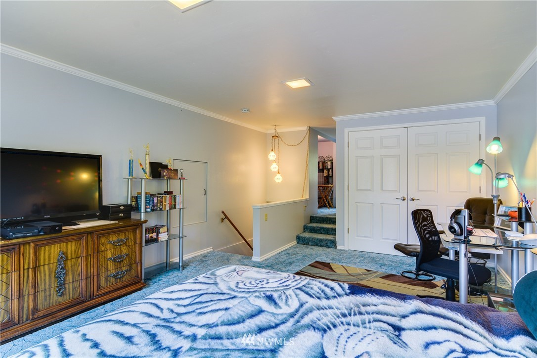 Sold Property | 1319 N 171st Street Shoreline, WA 98133 16