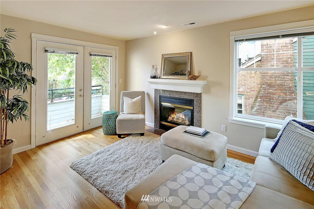Sold Property | 6513 24th Avenue NE #A Seattle, WA 98115 7