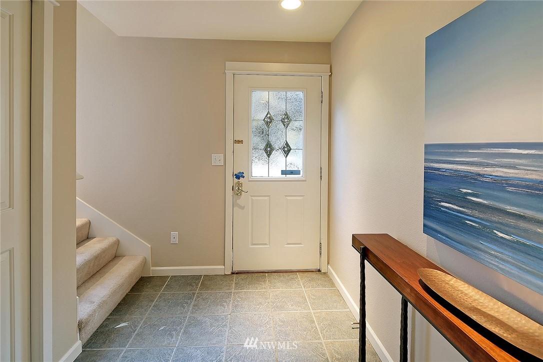 Sold Property | 6513 24th Avenue NE #A Seattle, WA 98115 15