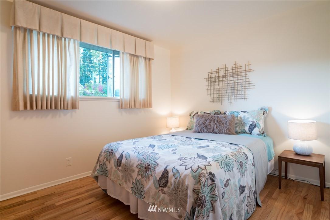 Sold Property | 3301 NE 73rd Street Seattle, WA 98115 9