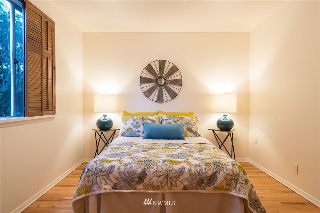 Sold Property | 3301 NE 73rd Street Seattle, WA 98115 10