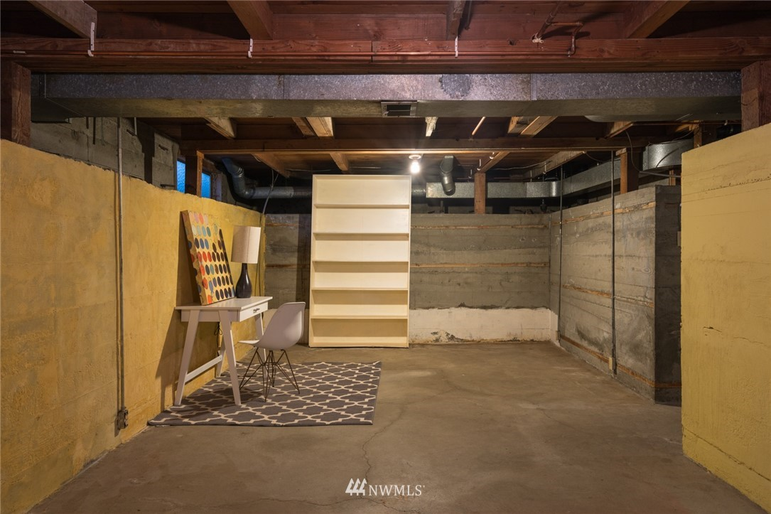 Sold Property | 3301 NE 73rd Street Seattle, WA 98115 15