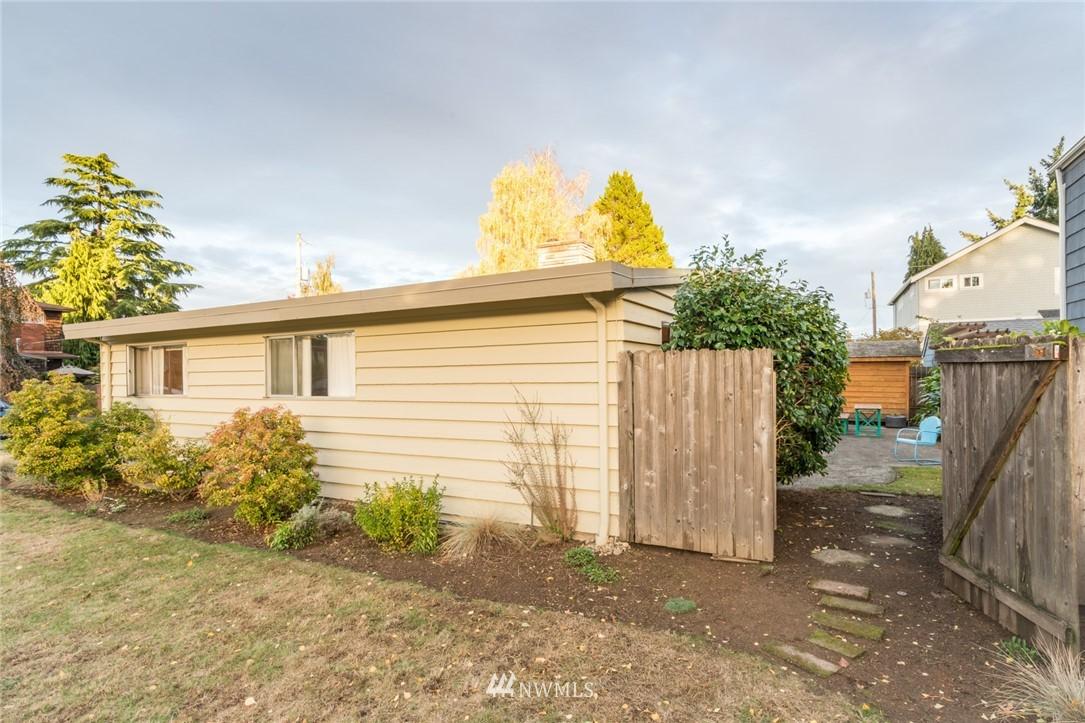 Sold Property | 3301 NE 73rd Street Seattle, WA 98115 18