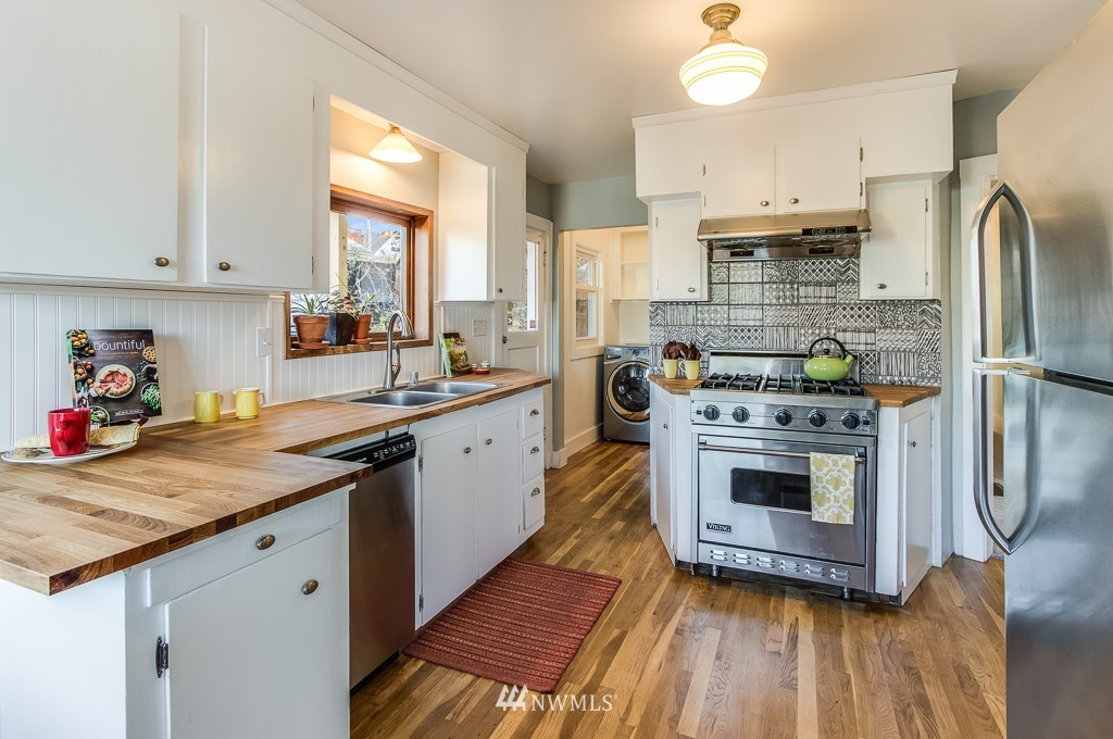 Sold Property | 9321 Lima Terrace S Seattle, WA 98118 7