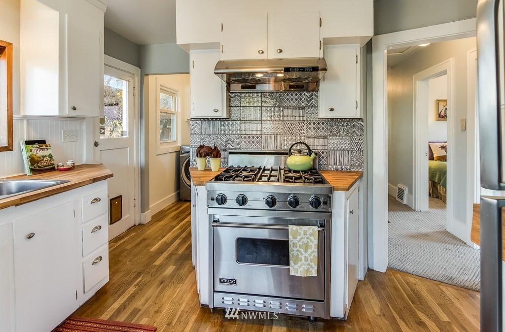Sold Property | 9321 Lima Terrace S Seattle, WA 98118 9