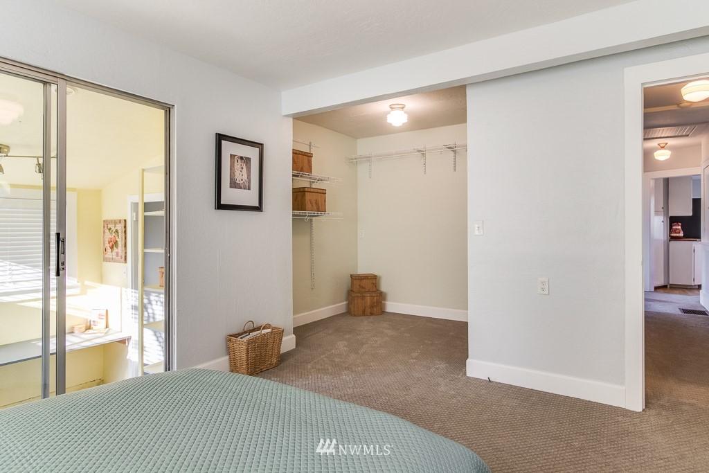 Sold Property | 9321 Lima Terrace S Seattle, WA 98118 13