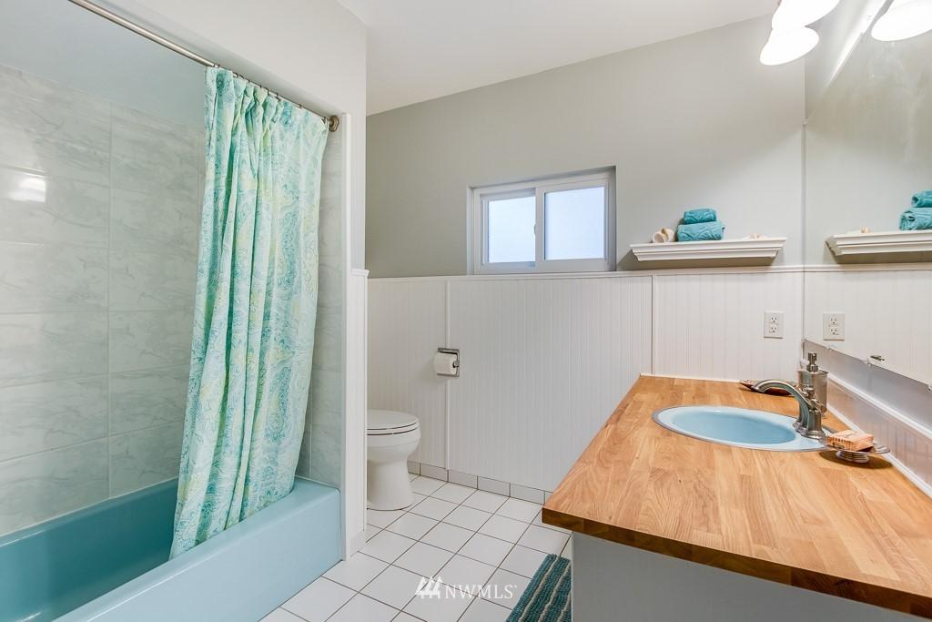 Sold Property | 9321 Lima Terrace S Seattle, WA 98118 15