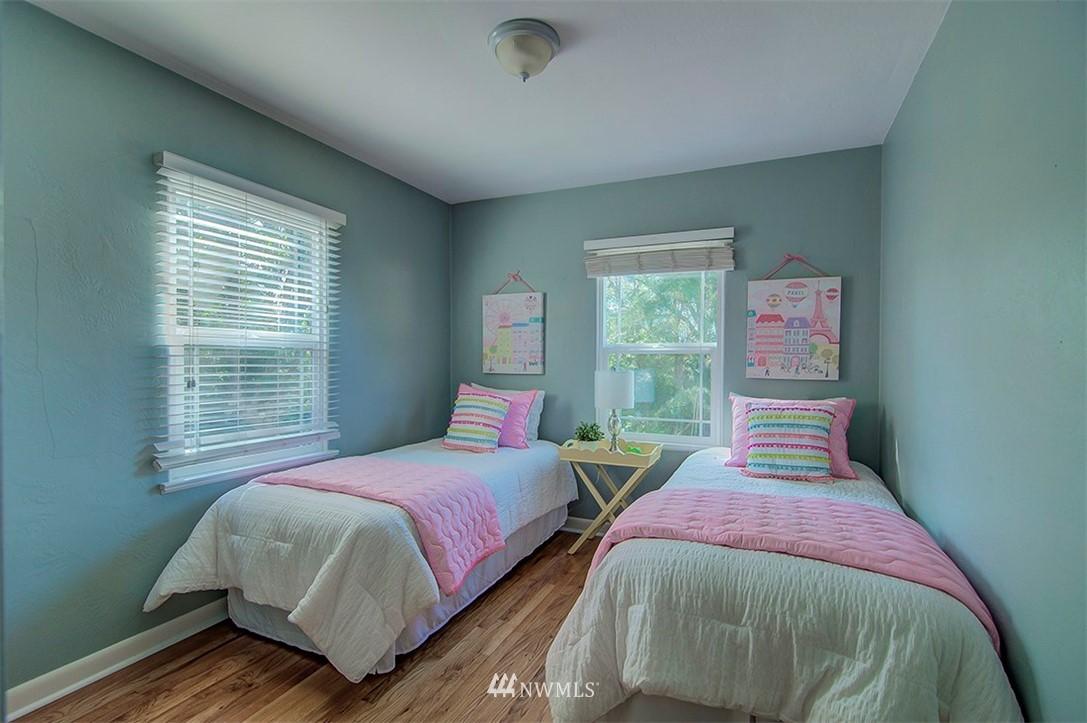Sold Property | 14303 35th Avenue NE Seattle, WA 98125 11