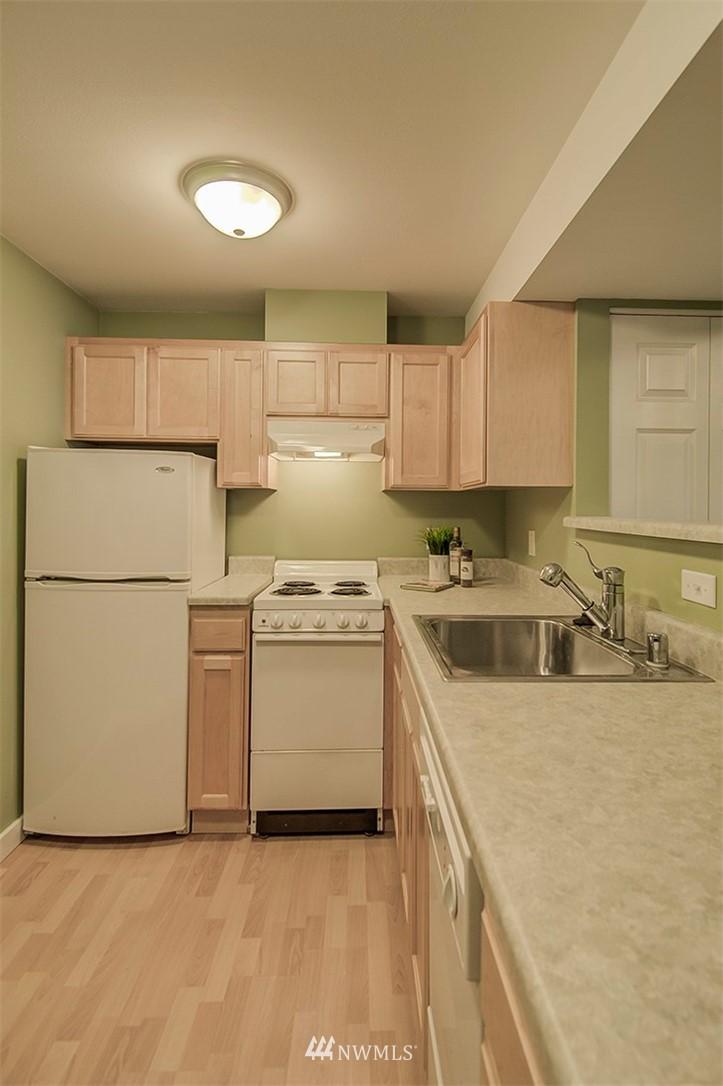Sold Property | 14303 35th Avenue NE Seattle, WA 98125 15