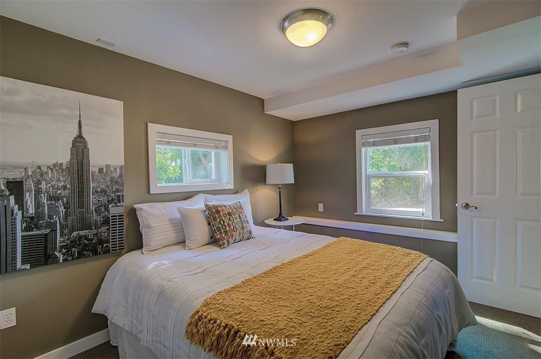 Sold Property | 14303 35th Avenue NE Seattle, WA 98125 20