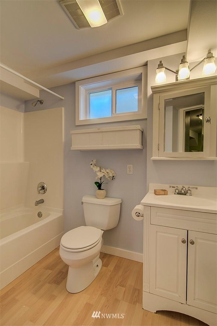 Sold Property | 14303 35th Avenue NE Seattle, WA 98125 21