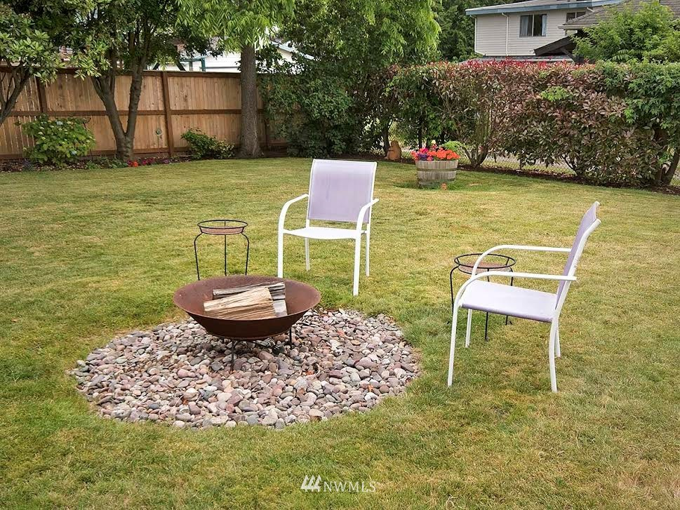 Sold Property | 10004 13th Avenue NW Seattle, WA 98177 24