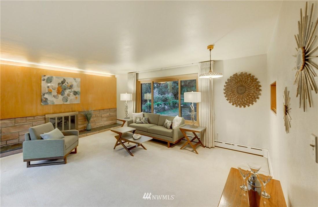 Sold Property | 16033 32nd Avenue NE Lake Forest Park, WA 98155 1