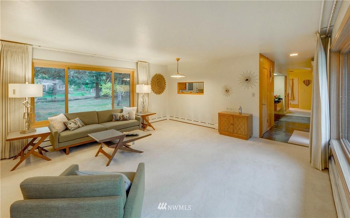 Sold Property | 16033 32nd Avenue NE Lake Forest Park, WA 98155 8