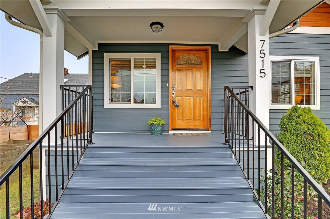 Sold Property | 7515 26th Avenue NW Seattle, WA 98117 1