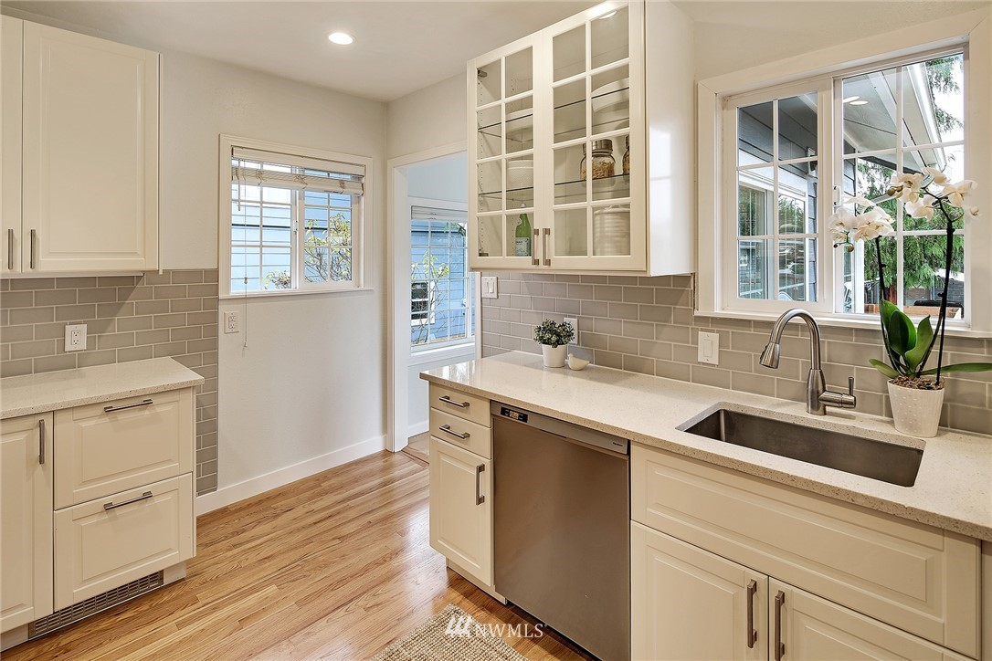 Sold Property | 7515 26th Avenue NW Seattle, WA 98117 7