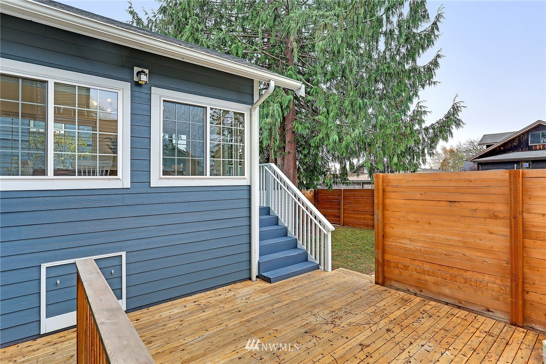 Sold Property | 7515 26th Avenue NW Seattle, WA 98117 17