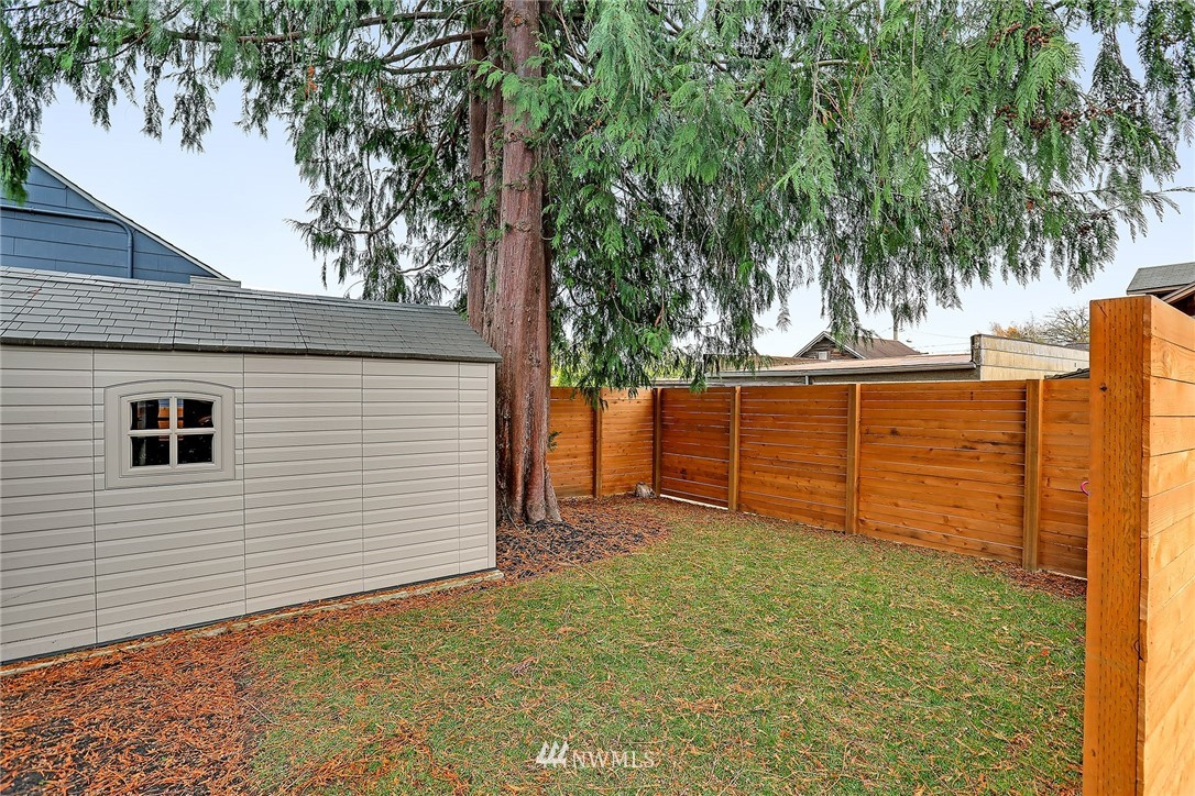 Sold Property | 7515 26th Avenue NW Seattle, WA 98117 18