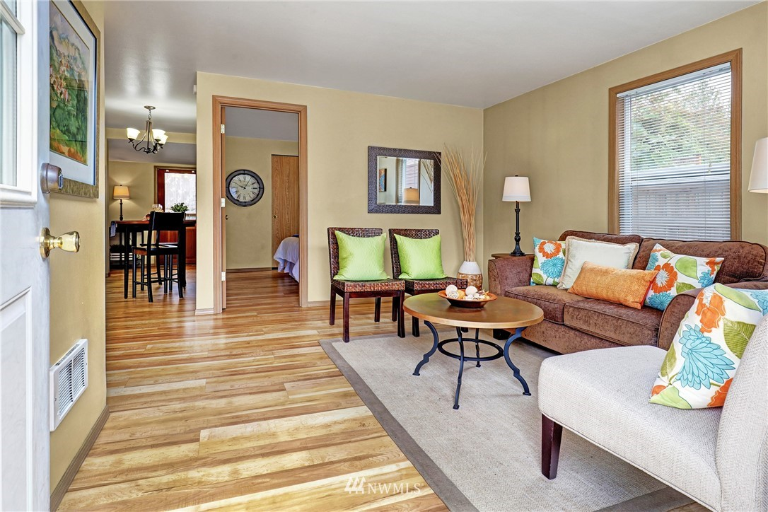 Sold Property   5570 Canfield Place N Seattle, WA 98103 18