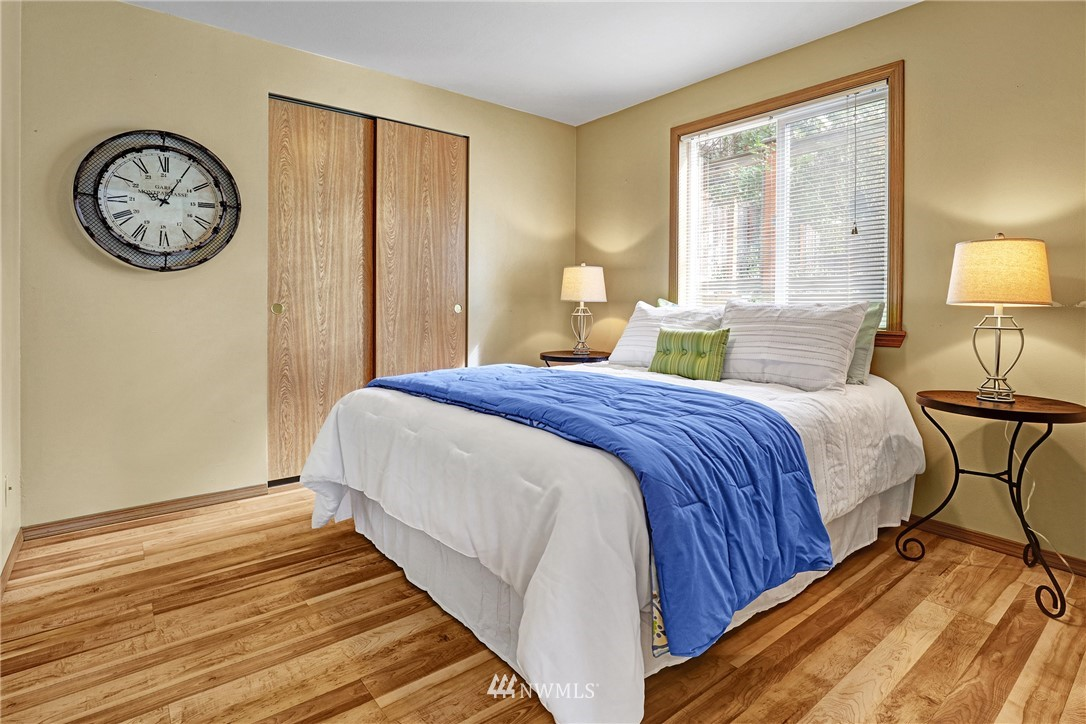 Sold Property   5570 Canfield Place N Seattle, WA 98103 22
