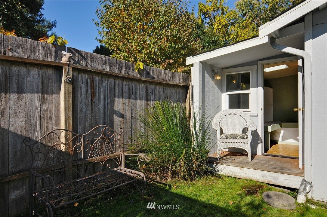 Sold Property | 9023 4th Avenue NW Seattle, WA 98117 22