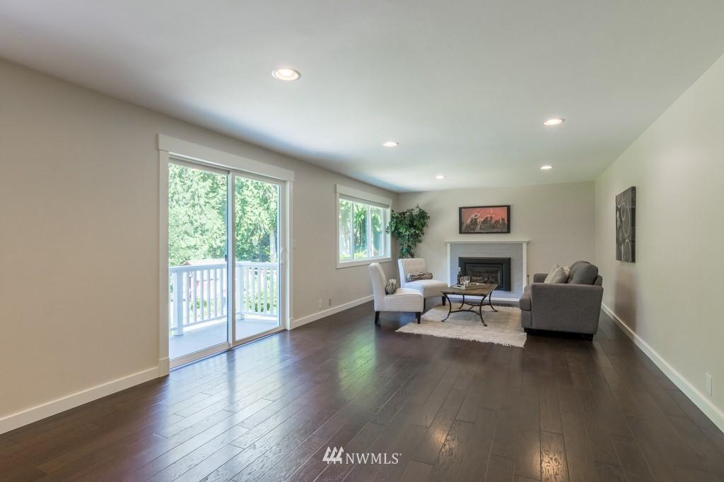 Sold Property   19123 181st Avenue NE Woodinville, WA 98077 8