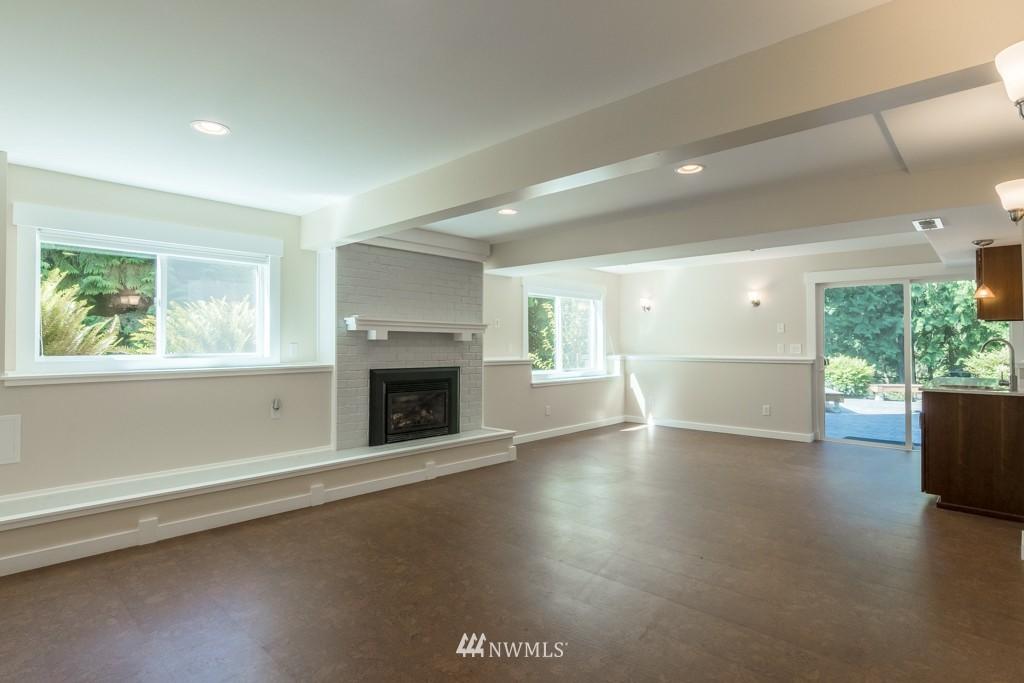Sold Property   19123 181st Avenue NE Woodinville, WA 98077 10