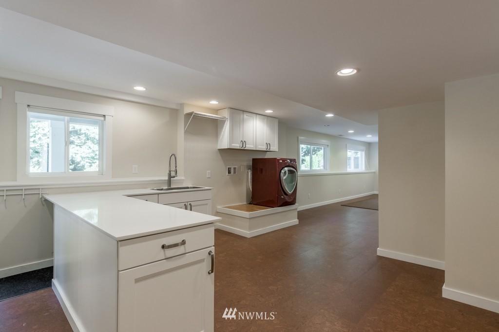 Sold Property   19123 181st Avenue NE Woodinville, WA 98077 12