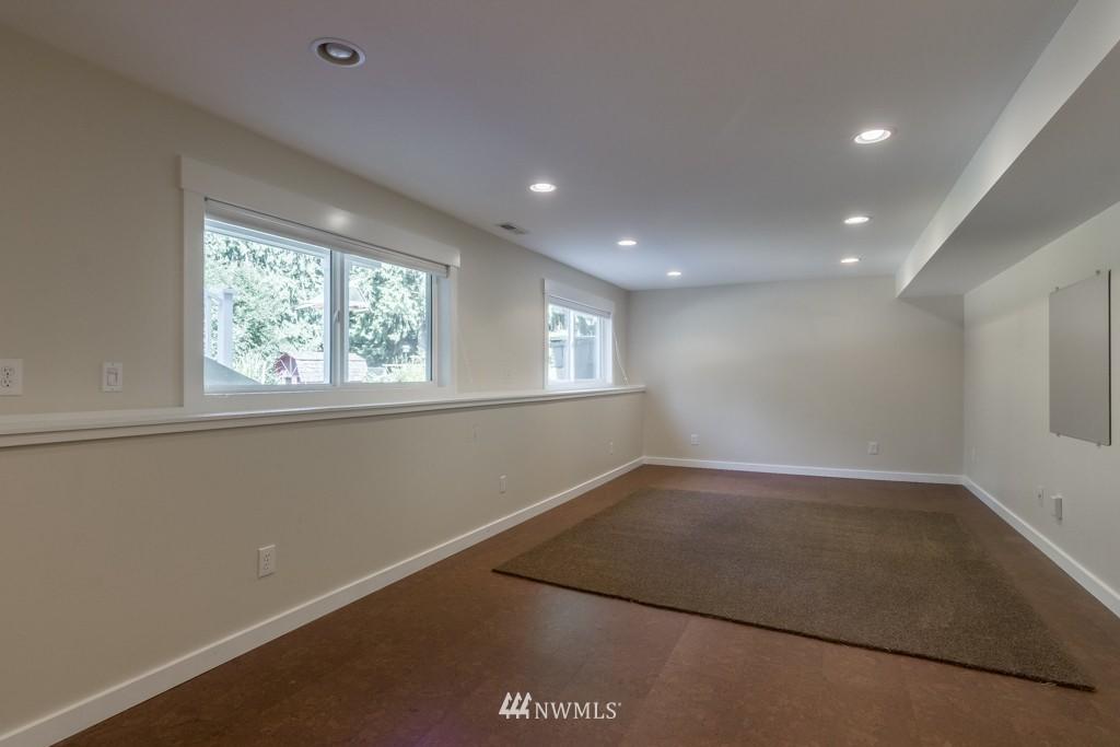 Sold Property   19123 181st Avenue NE Woodinville, WA 98077 13