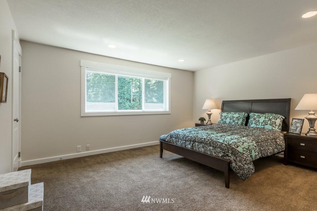 Sold Property   19123 181st Avenue NE Woodinville, WA 98077 15