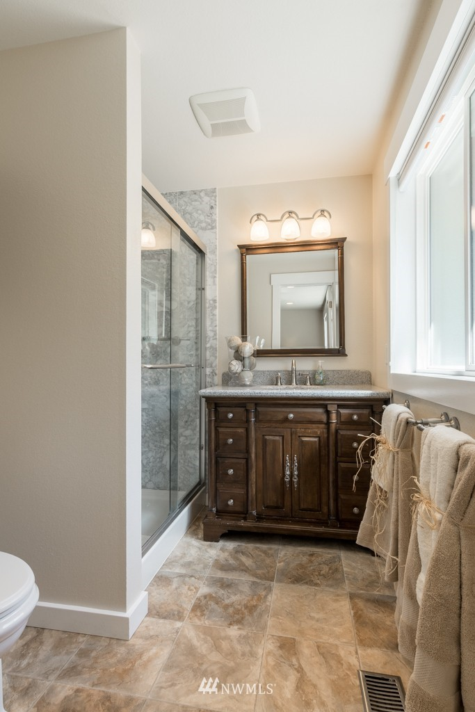 Sold Property   19123 181st Avenue NE Woodinville, WA 98077 16