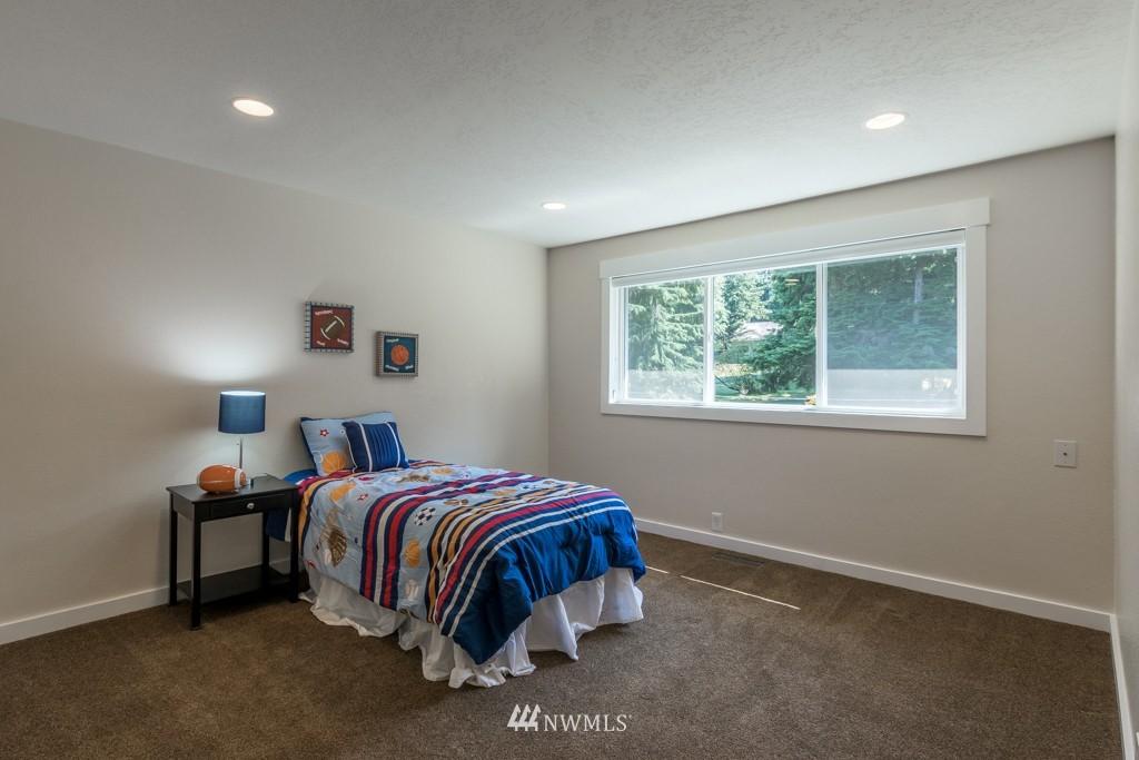 Sold Property   19123 181st Avenue NE Woodinville, WA 98077 17