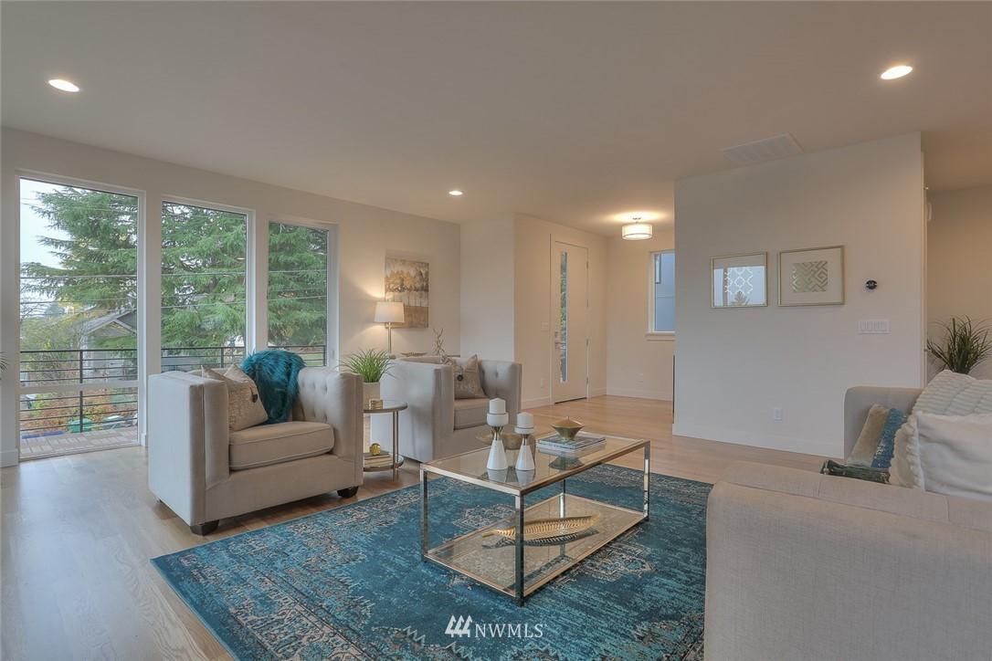 Sold Property   1532 NE 89th Street Seattle, WA 98115 3
