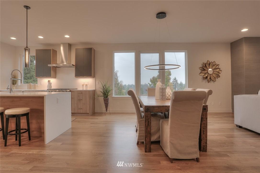 Sold Property   1532 NE 89th Street Seattle, WA 98115 6