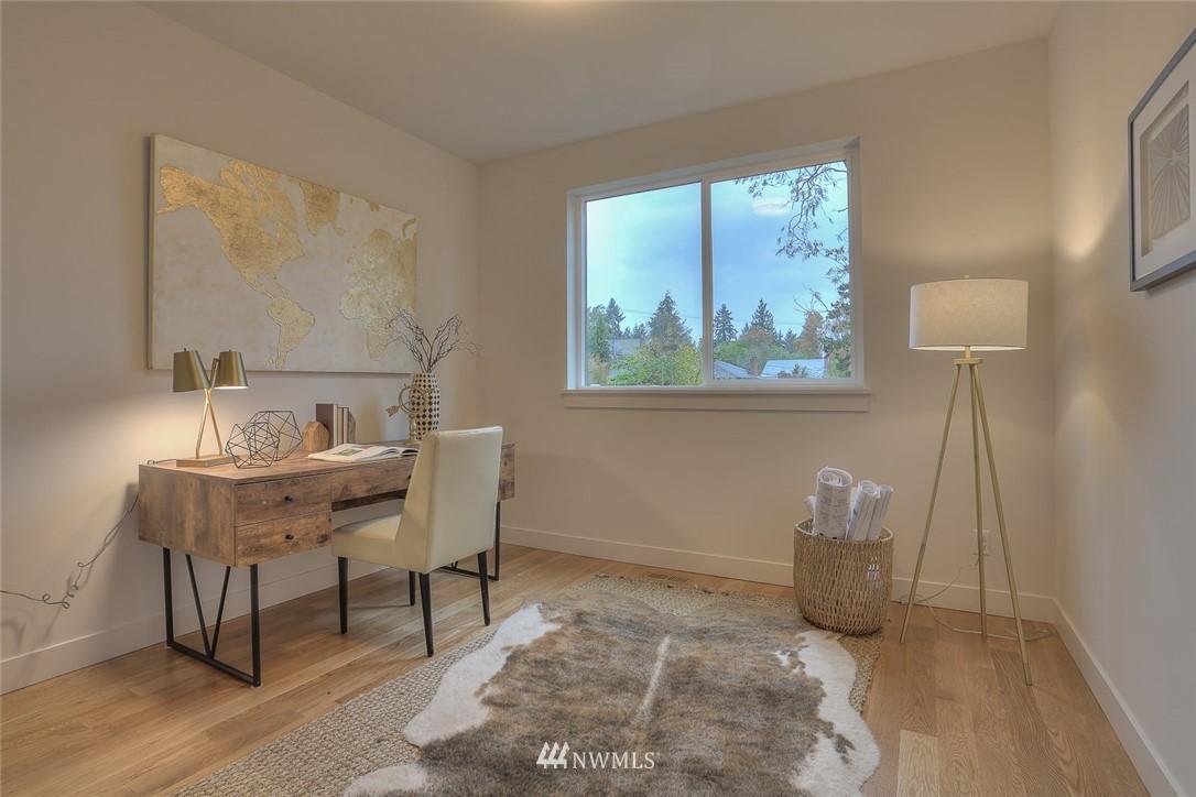Sold Property   1532 NE 89th Street Seattle, WA 98115 13