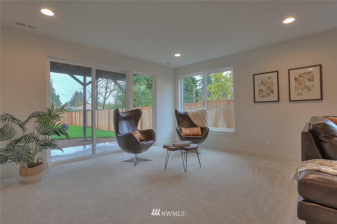 Sold Property   1532 NE 89th Street Seattle, WA 98115 20