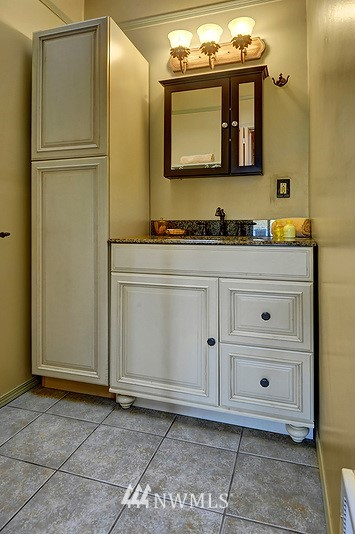 Sold Property   9332 54th Avenue S Seattle, WA 98118 11