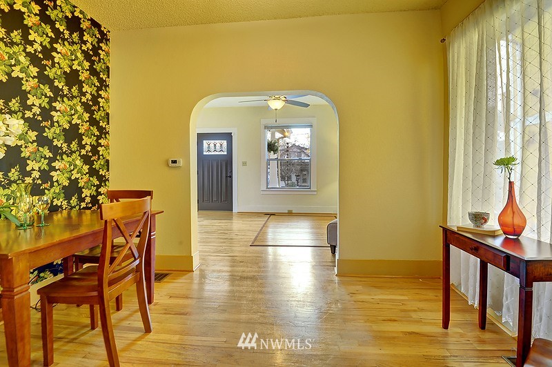 Sold Property   9332 54th Avenue S Seattle, WA 98118 4