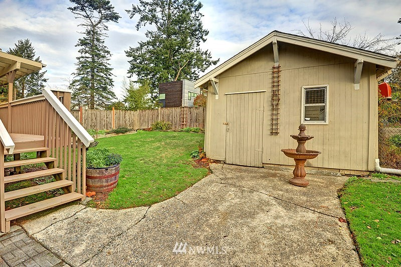 Sold Property   9332 54th Avenue S Seattle, WA 98118 14