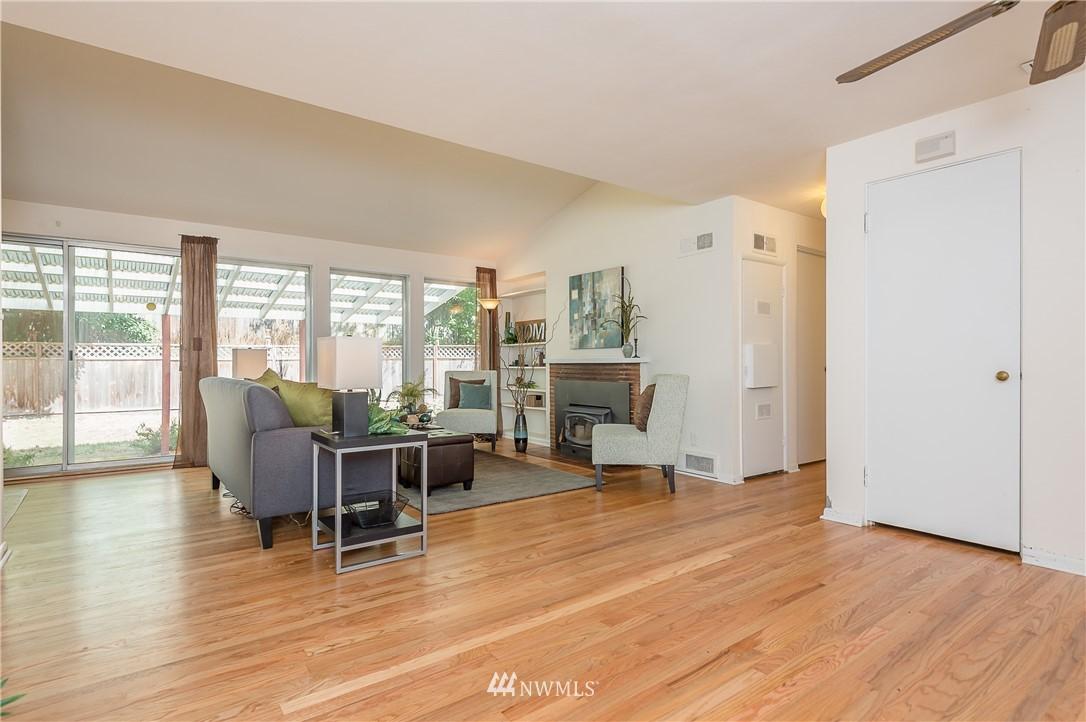 Sold Property | 2020 NE 102nd Street Seattle, WA 98125 1