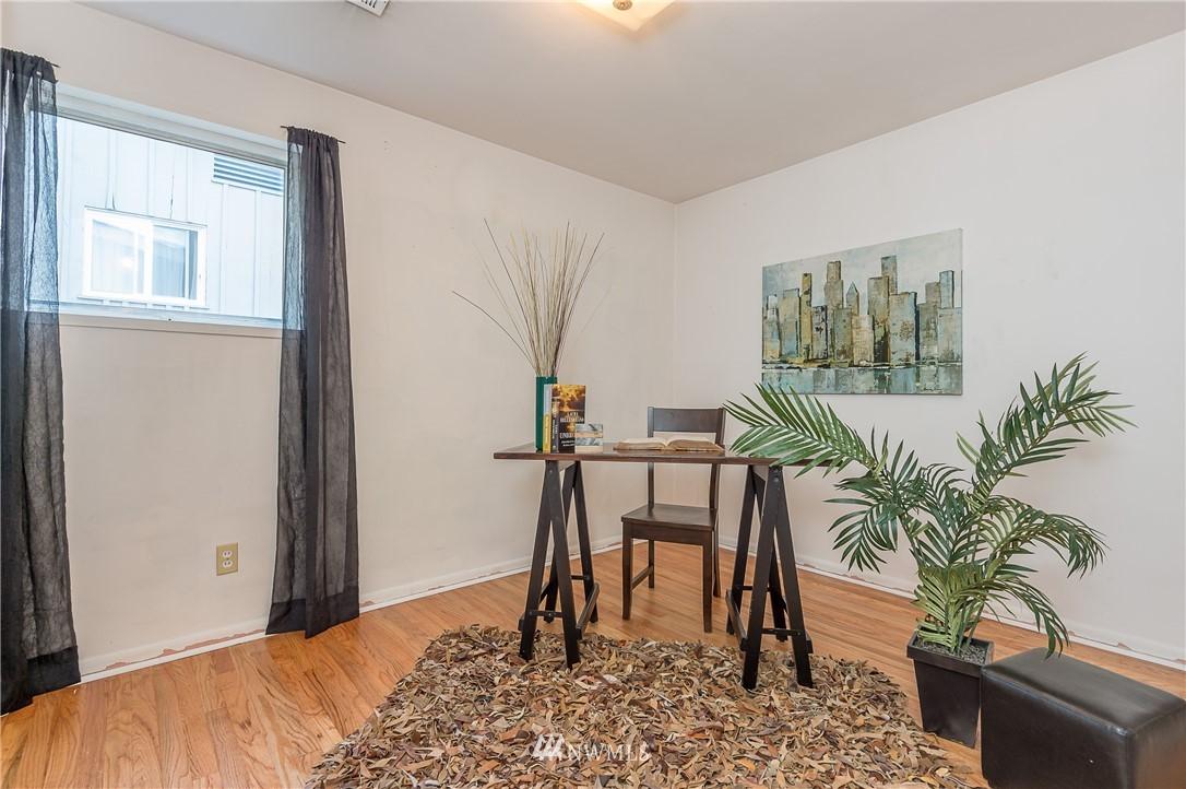 Sold Property | 2020 NE 102nd Street Seattle, WA 98125 5