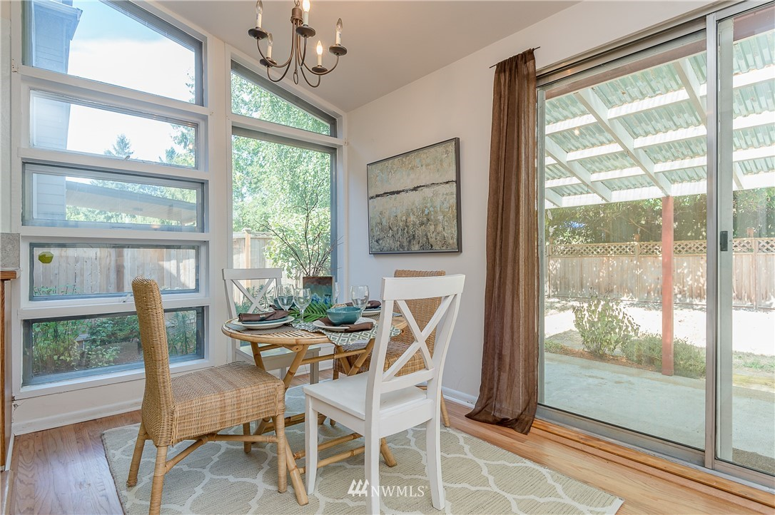Sold Property | 2020 NE 102nd Street Seattle, WA 98125 11
