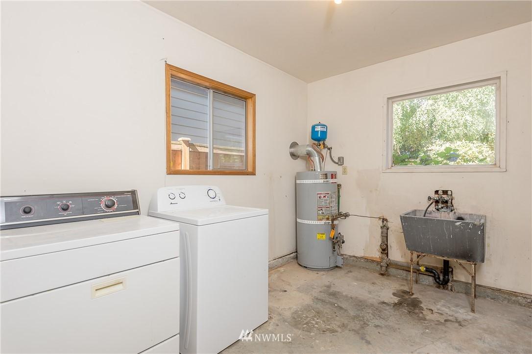 Sold Property | 2020 NE 102nd Street Seattle, WA 98125 18