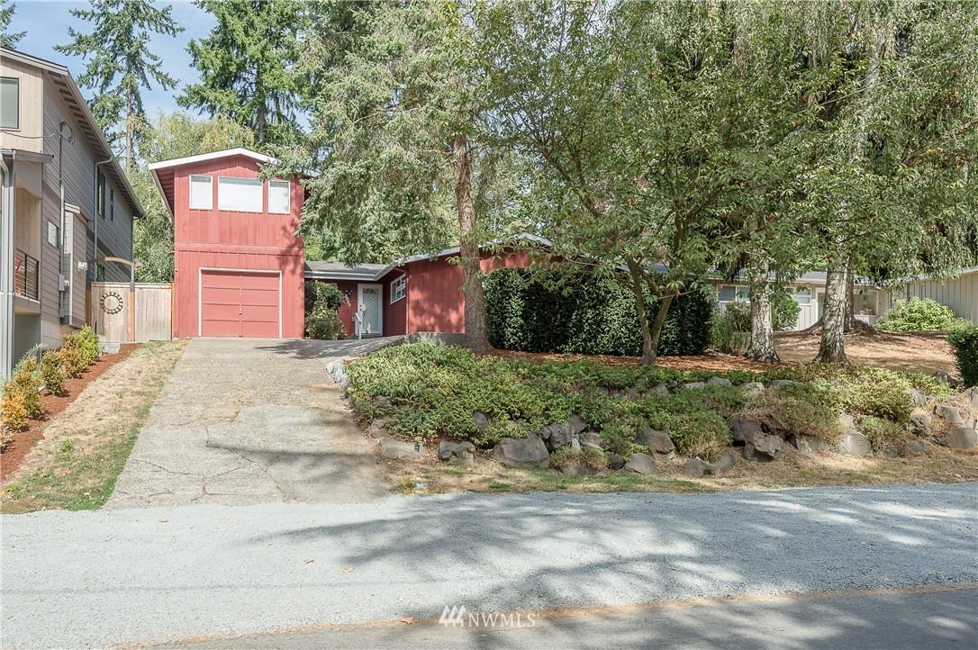 Sold Property | 2020 NE 102nd Street Seattle, WA 98125 24